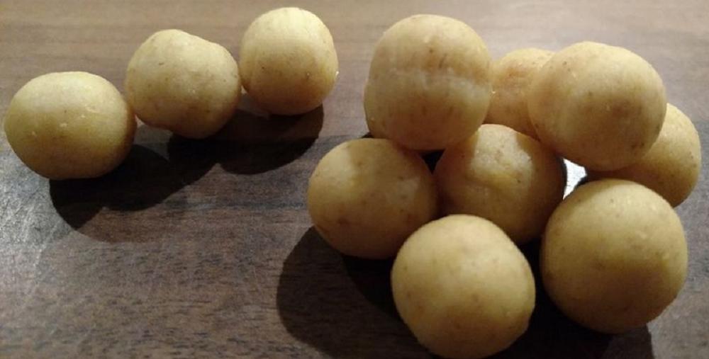 Jak zrobić kulki ze sfermentowanej kukurydzy.